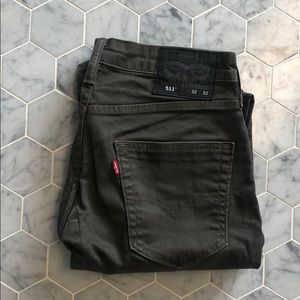 Levi 511 olive green jeans